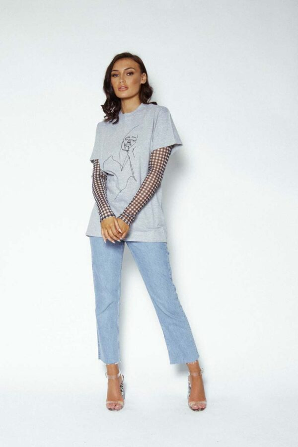 Face me oversized tshirt grey 1 600x900 - Face Me T-shirt