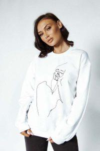 face stitched sweater 1 200x300 - face-stitched-sweater (1)