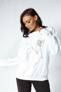 face stitched sweater 2 200x300 - face-stitched-sweater (2)