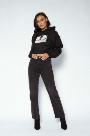 feels cropped hoody 4 300x450 - Feels Cropped Hoodie
