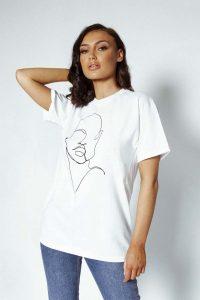 profile oversized tshirt white 18 200x300 - profile-oversized-tshirt-white (18)
