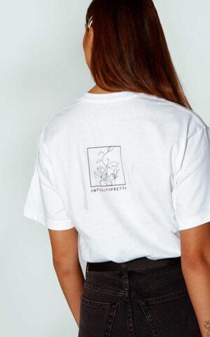 AP ECOM 26 300x480 - Floral Box T-shirt