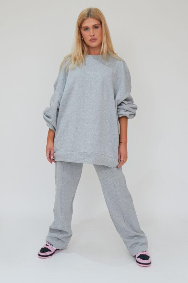 Awfully Pretty0050 2 600x900 - Oversized Jumper Dress in Grey