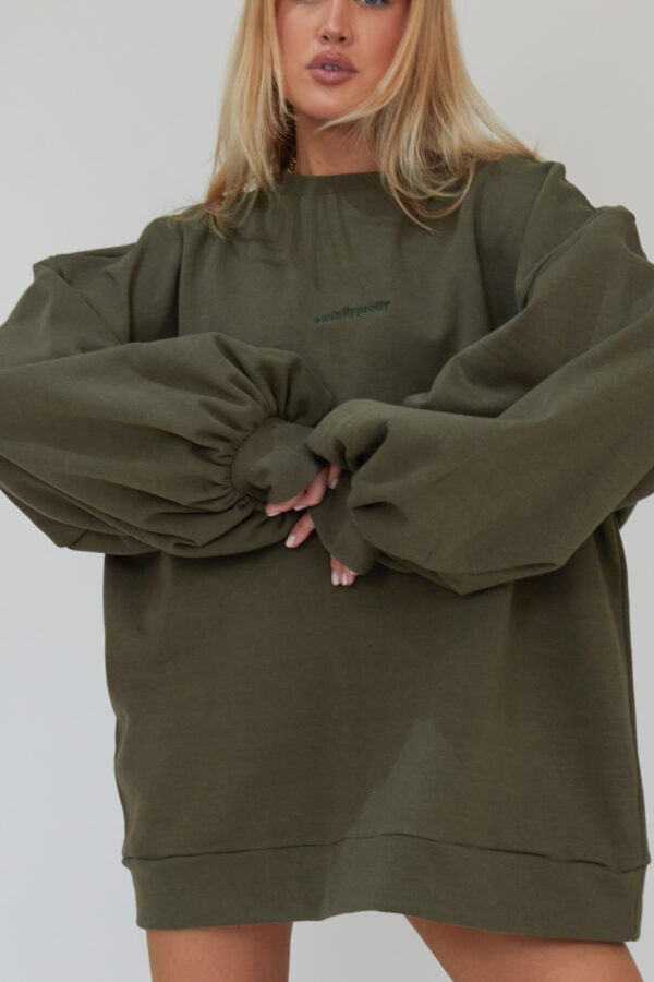 Awfully Pretty0136 2 600x900 - Oversized Jumper Dress in Khaki