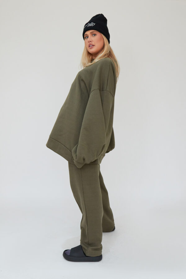 Awfully Pretty0160 1 600x900 - Pintuck Straight Joggers in Khaki