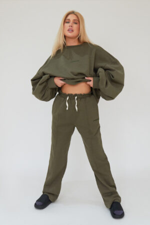 Awfully Pretty0173 1 300x450 - Pintuck Straight Joggers in Khaki