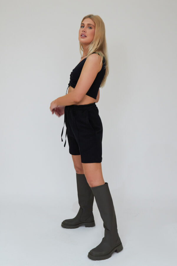 Awfully Pretty0251 1 600x900 - Pintuck Shorts in Black