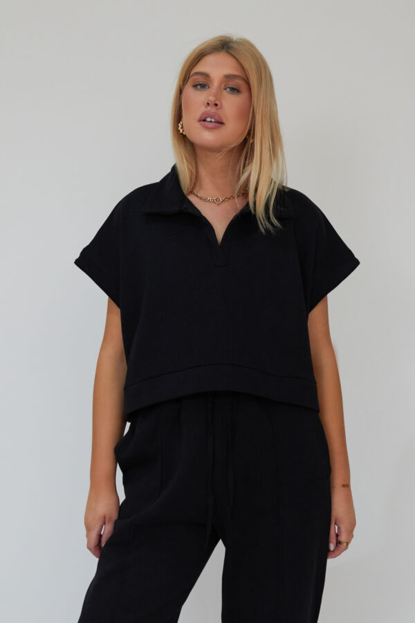 Awfully Pretty0332 1 600x900 - Oversized Polo Vest in Black
