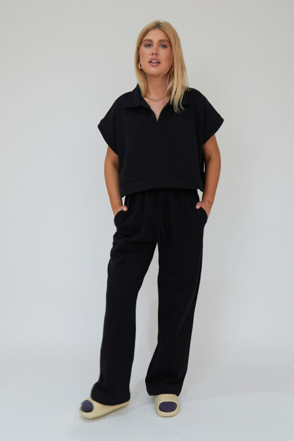 Awfully Pretty0334 1 600x900 - Oversized Polo Vest in Black