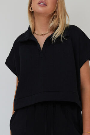 Awfully Pretty0337 1 300x450 - Oversized Polo Vest in Black