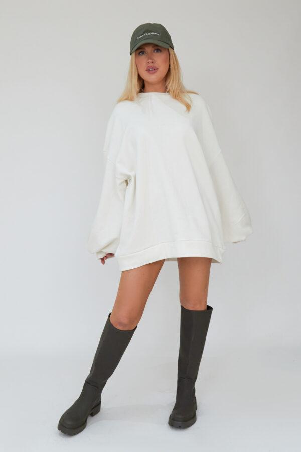Awfully Pretty0524 600x900 - Oversized Jumper Dress in Ecru