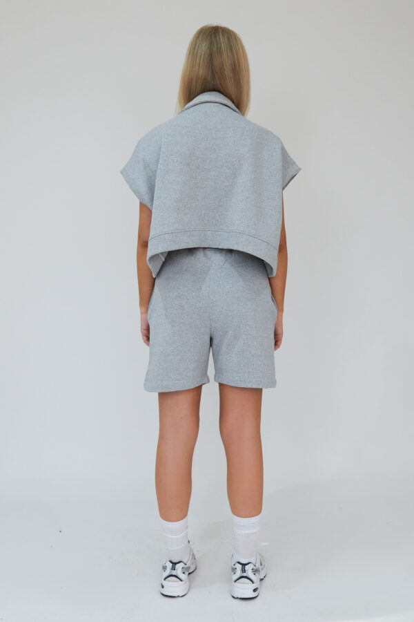 Awfully Pretty0665 600x900 - Oversized Polo Vest in Grey