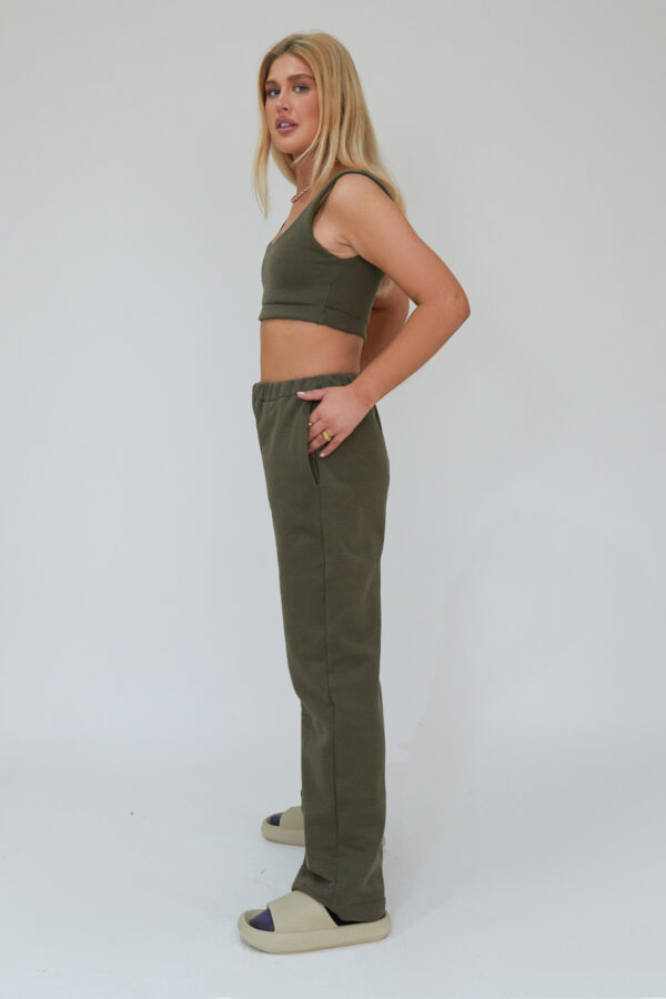 Awfully Pretty0805 600x900 - Straight Down Joggers in Khaki