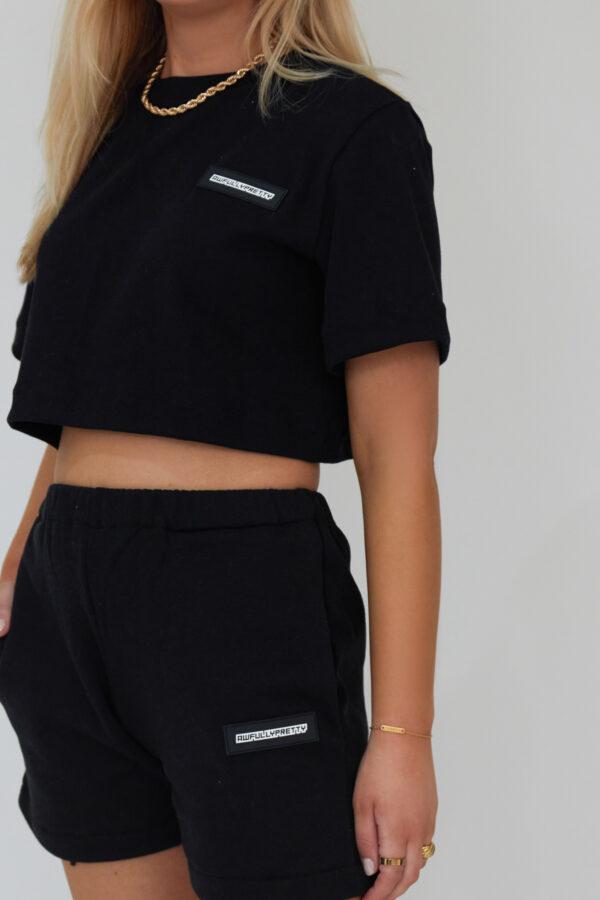 Awfully Pretty0911 600x900 - Essential Short in Black