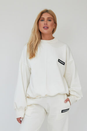 Awfully Pretty0957 300x450 - Essentials Sweatshirt in Ecru